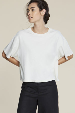 JADE CROPPED TEE CLOUD