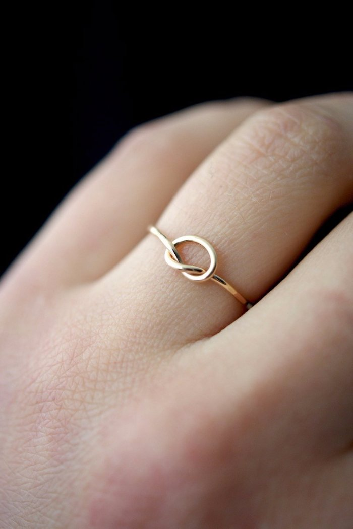 OPEN KNOT RING