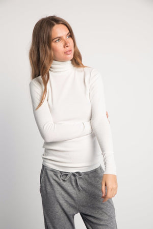 LENE THIN RIBBED TURTLENECK