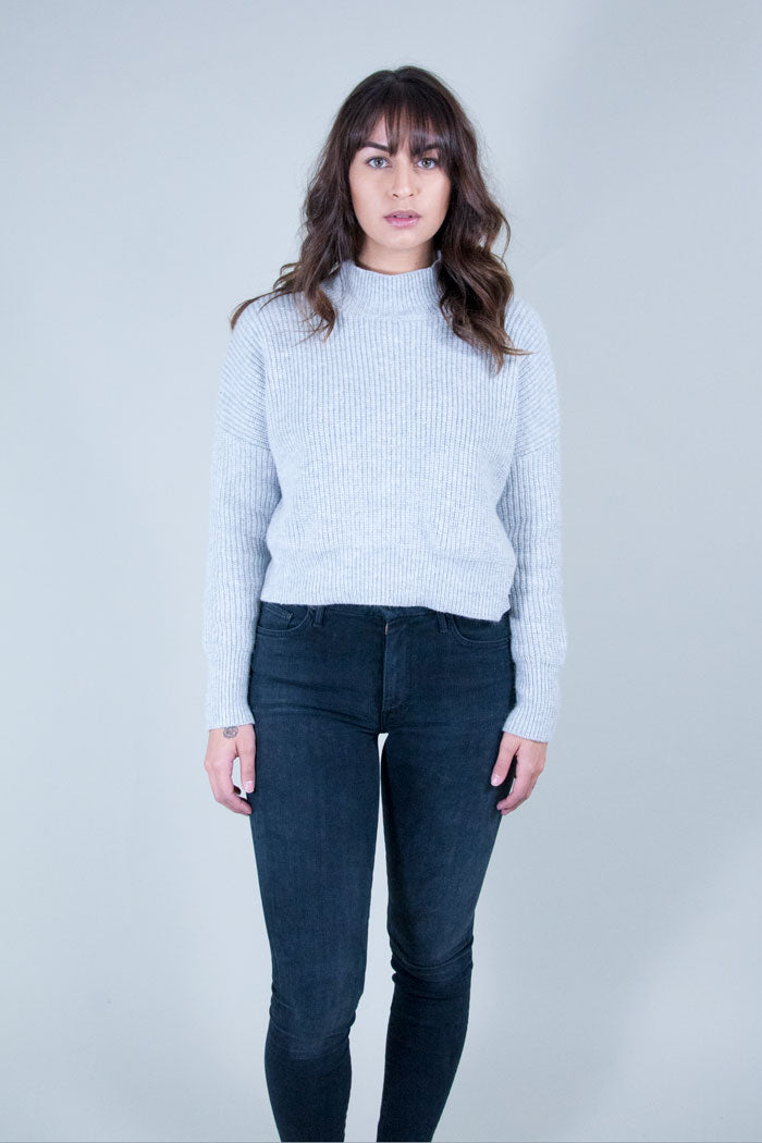 Libby ribbed sweater cropped Blush pink Knot Sisters | PIPE AND ROW