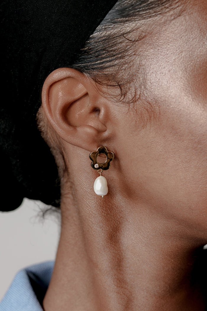 Wolf Circus Lola paisley flower earrings fresh water pearl | Pipe and Row