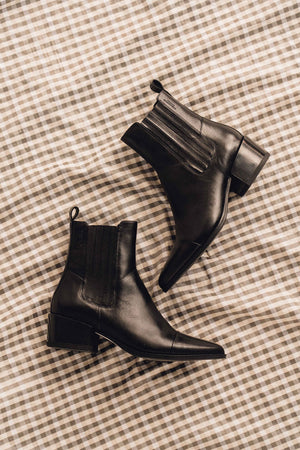 MARJA BLACK LEATHER BOOTS