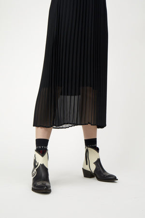 MOE PLEATED SKIRT BLACK