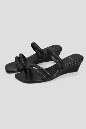 NELLIE STRAPPY SANDALS