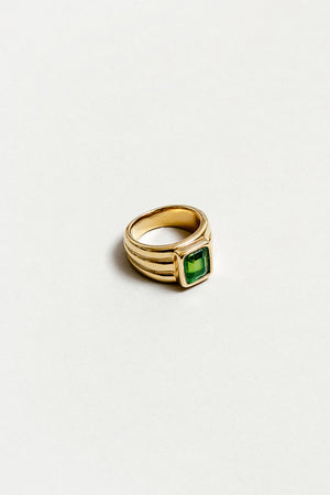 PENELOPE PERIDOT RECTANGLE RING