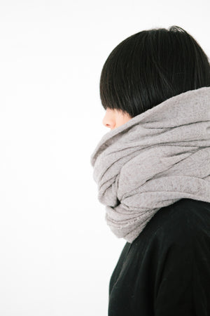 WOOL CLOUD BLANKET SCARF
