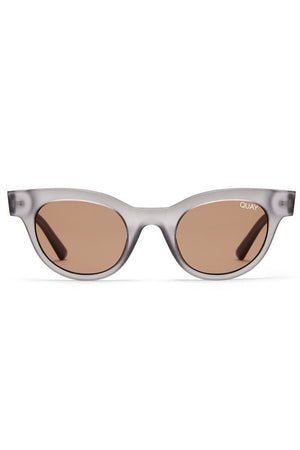 star struck sunglasses grey frames brown lens quay australia | pipe and row