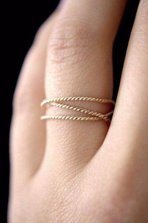 Textured twisted wraparound ring 14k gold jewelry | PIPE AND ROW