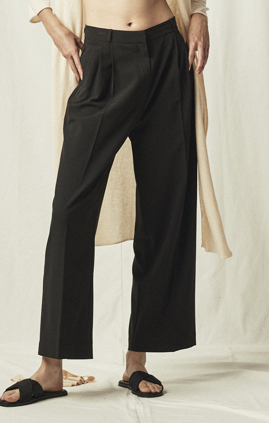 wide leg tailored trouser black mijeong park | pipe and row