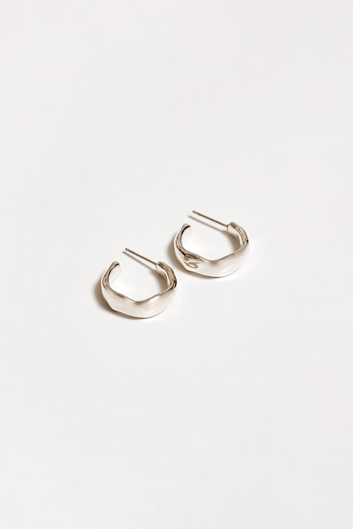 Wolf Circus Yara textured hoop earrings silver | pipe and row boutique seattle