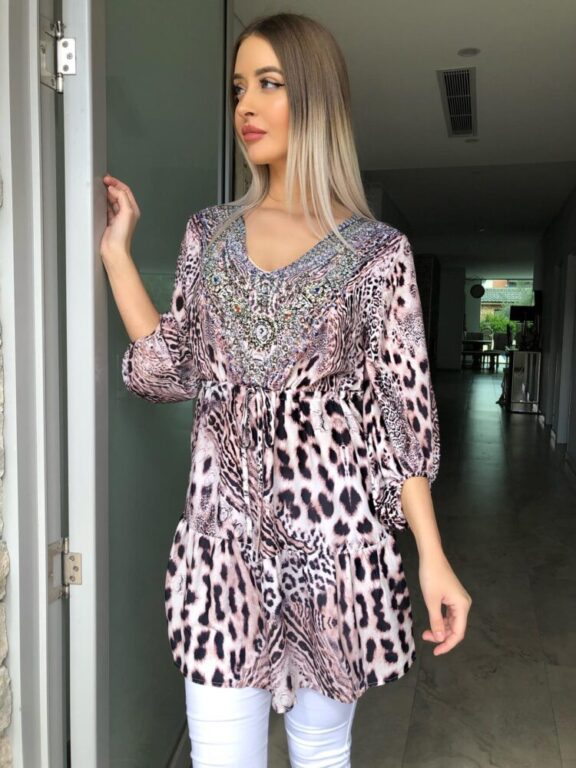 Load image into Gallery viewer, Pink Lee Beaded Tunic