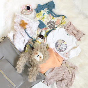 The 10 Items You Need for a Perfectly Packed Hospital Bag for Baby!