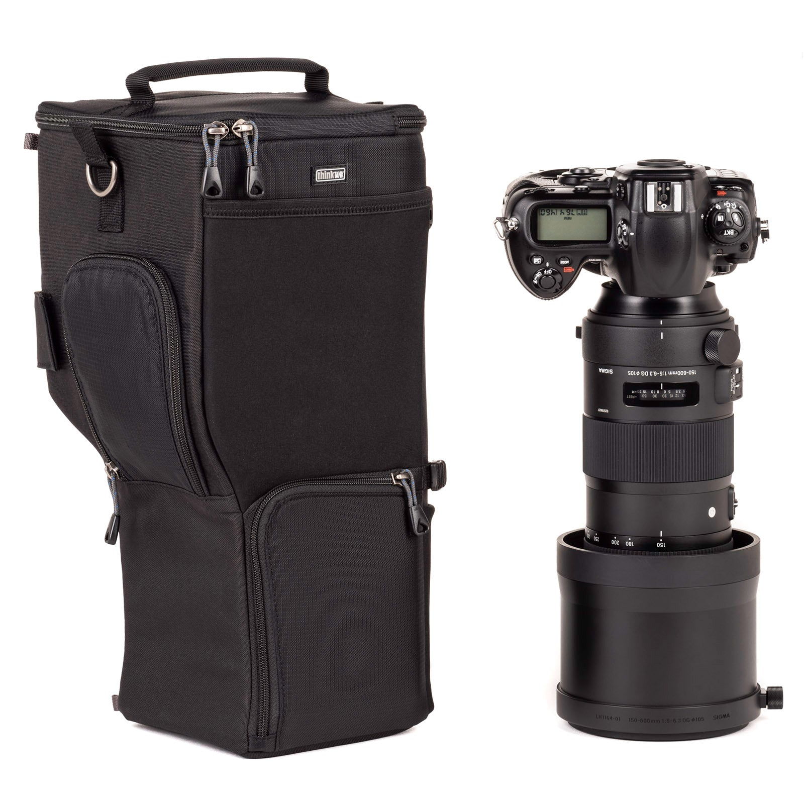 Designed to form fit a 150–600mm or equivalent sized lens with body attached
