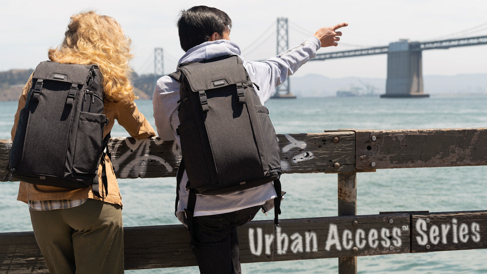 Easy to pack and even easier to access, the Urban Access enables you to get to your gear quickly—whether on the run or in the studio.