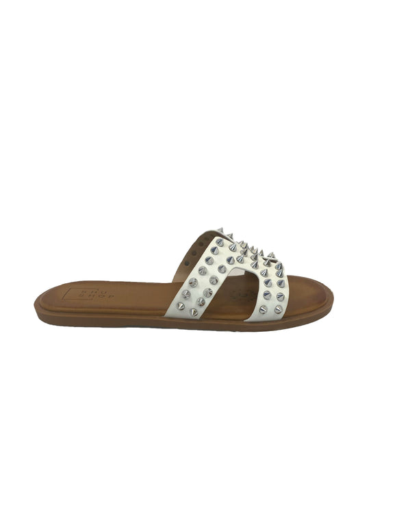 Lisa Studded Sandals / White