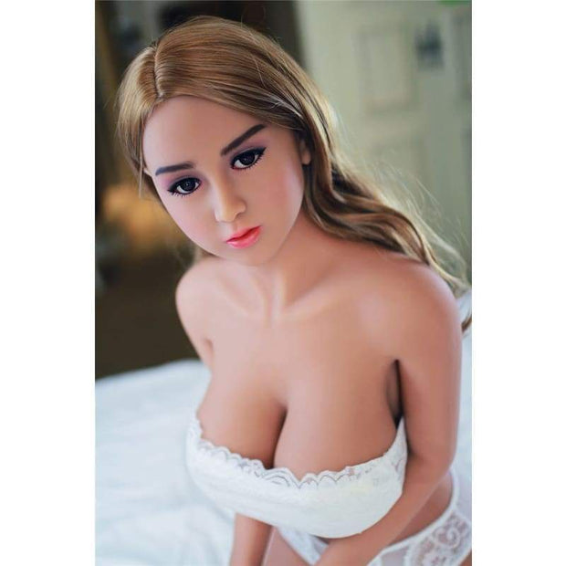 140cm ( 4.59ft ) Big Breast Young Sex Doll Beverly