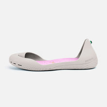 Load image into Gallery viewer, Freshoes Light Grey with the Suede leather insoles Misty Rose side view