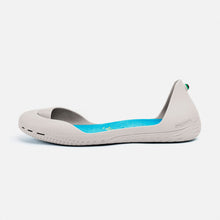 Load image into Gallery viewer, Freshoes Light Grey with the Suede leather insoles Turquoise Blue side view