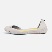 Load image into Gallery viewer, Freshoes Light Grey with the Vegan leather insoles Beige side view