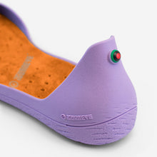 Charger l'image dans la galerie, Freshoes Lilas with the Suede leather insoles Amber Orange close up view