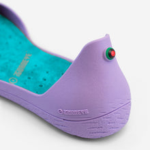 Charger l'image dans la galerie, Freshoes Lilas with the Suede leather insoles Turquoise Blue close up view