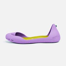Charger l'image dans la galerie, Freshoes Lilas with the Suede leather insoles Yellow Green side view
