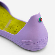 Charger l'image dans la galerie, Freshoes Lilas with the Suede leather insoles Yellow Green close up view