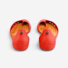 Load image into Gallery viewer, Freshoes Pepper Red with the Suede leather insoles Amber Orange rear view