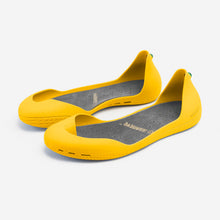 Load image into Gallery viewer, Freshoes Yellow Sun with the Suede leather insoles Ash Grey perspective view