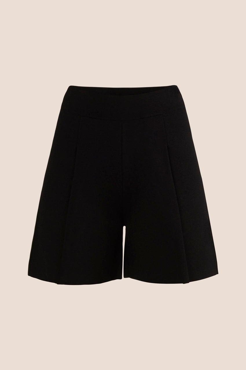 Knitted Pleated Shorts - Black