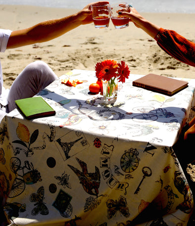 Tablecloths: A Brief History // Oilcloth vs. Laminate Cotton