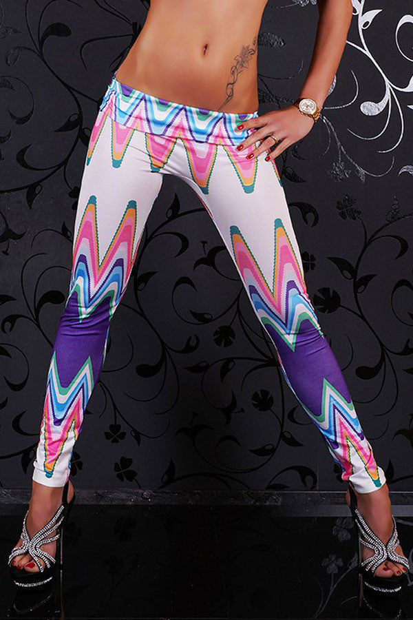 Mary Jane Asymmetric Print Legging - Everything 5 Pounds - 2