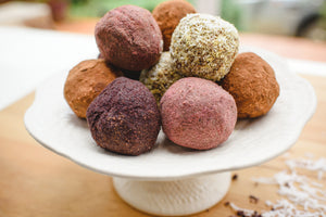Cacao & Coconut Party Bliss Balls (Healthy!)