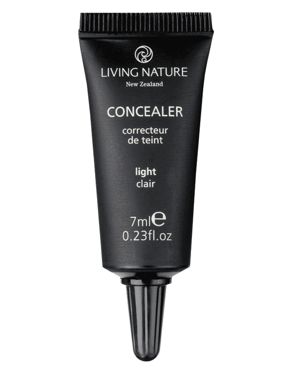 Living Nature Concealer in Light Colour is a creamy formula which matches Living Nature foundation products.