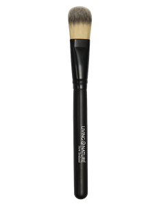 Living Nature Foundation Brush is to achieve a beautifully finished and polished look when applying a liquid foundation.