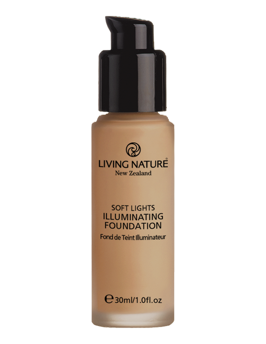 Living Nature illuminating foundation in day glow is a wonderful light & natural foundation with a gentle shimmer or pearlesence.