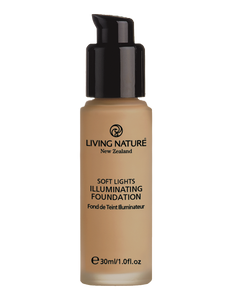 Living Nature illuminating foundation in dawn glow is a wonderful light & natural foundation with a gentle shimmer or pearlesence.