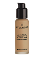 Living Nature illuminating foundation in evening glow is a wonderful light & natural foundation with a gentle shimmer or pearlesence.