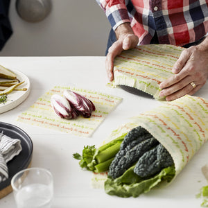 These reusable wraps are vegan! A natural way to protect and keep your food fresh, a safe alternative to plastic wrap.
