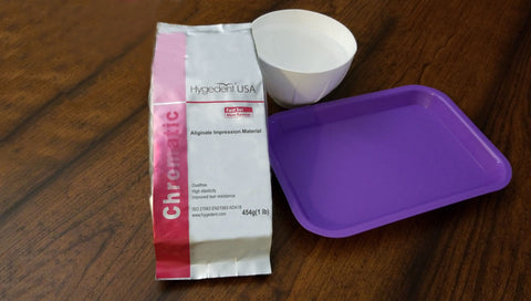 For single-source shopping convenience we also offer plastic instrument trays, mixing bowls and impression material for dental applications.