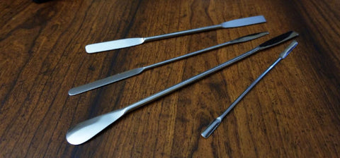 Quality stainless-steel, micro spatulas for a variety of material-handling applications