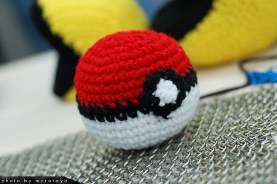 Pokémon Pokéball Plush
