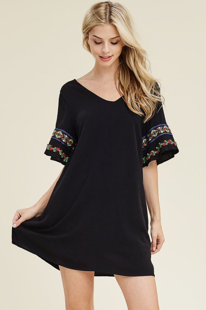 Short Sleeve Embroidery Tunic Dress