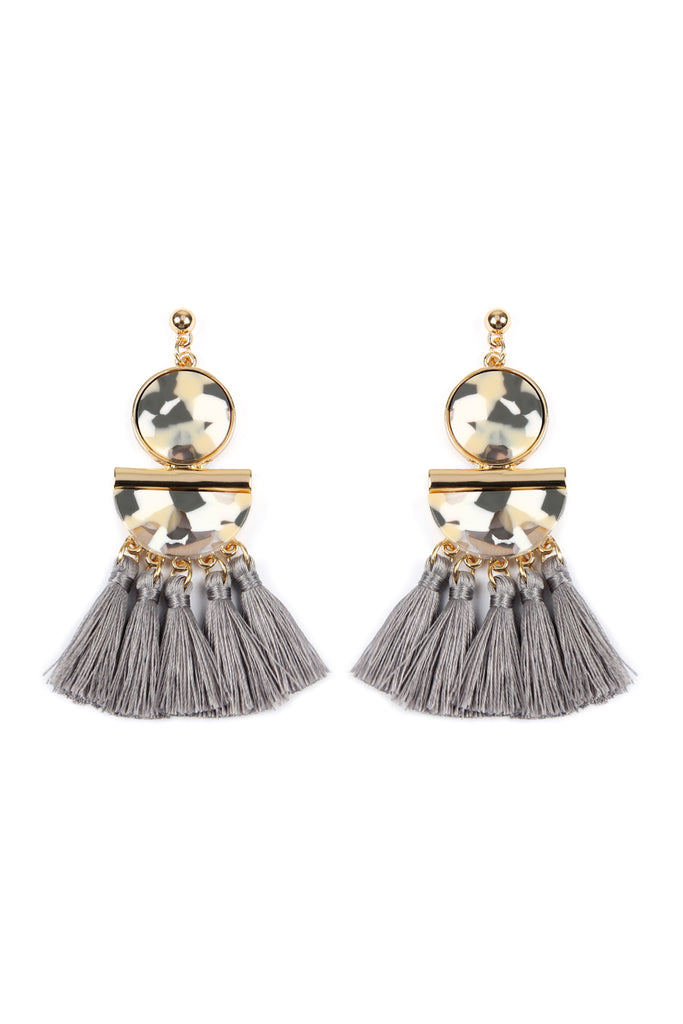 HDE2324 - DANGLING RESIN WITH TASSEL EARRINGS