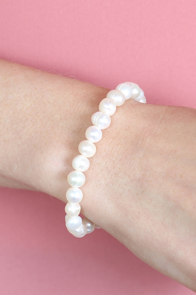 Glass Coated Fresh Pearl Stretch Bracelet