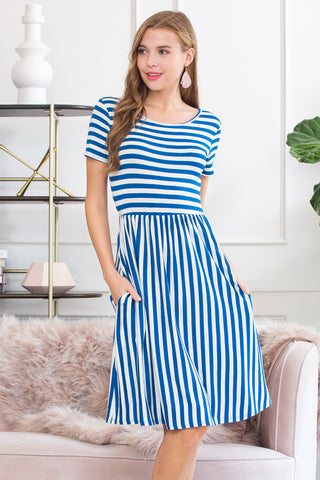 Round Hem A-line Pocket Dress