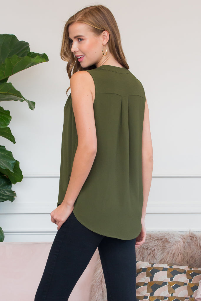 Solid Notch Neck Sleeveless Blouse