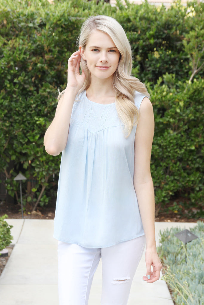 Floral Pattern Sleeveless Top
