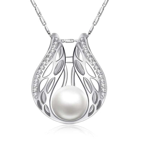 Angel Wing Necklace With Pearl
