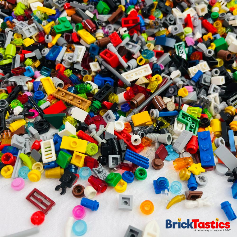 Tiny Parts and Pieces LEGO® Bricks and Bits Pack - 675 pieces